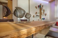 Tavolo in legno massiccio, di nostra realizzazione - Particolare